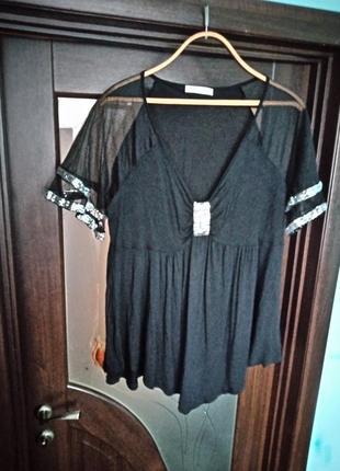 Насичено чорна блуза
