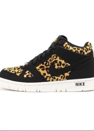 Леопардовые кроссовки ориг nike