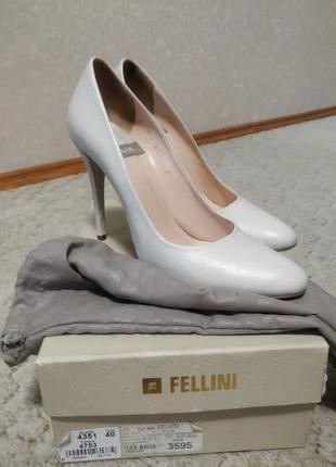 Туфли лодочки свадебные fellini