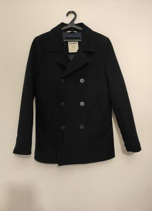 Мужское пальто pull&bear тёмно-синего цвета