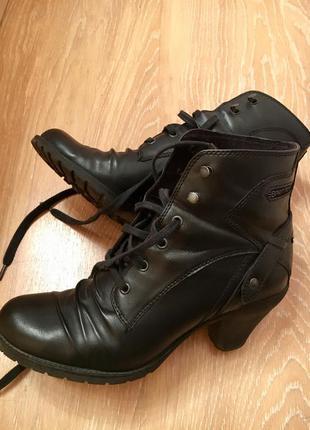 Ботиночки esprit на среднем каблуке натуральная кожа