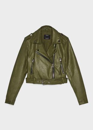 Базовая коллекция курток бренда bershka
