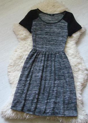 Классное платье от f&f