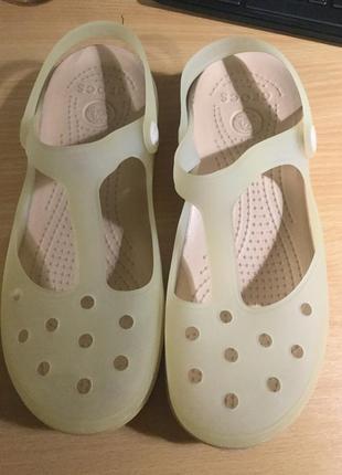Кроксы 37-38 размер, crocs w7
