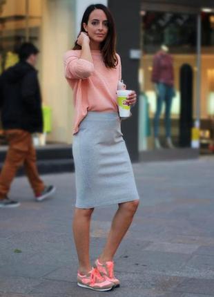 Стильная юбка карандаш серая