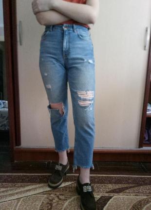 Крутые джинсы мом