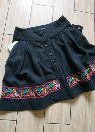 Стильная теплая юбка на пуговицах
