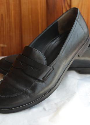 Стильные полностью кожаные туфли / лоферы paul green 24,5