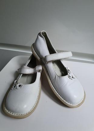 Туфли для девочек vertbaudet, 32р.