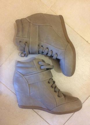 Осенние ботинки jennifer / осенние сникерсы