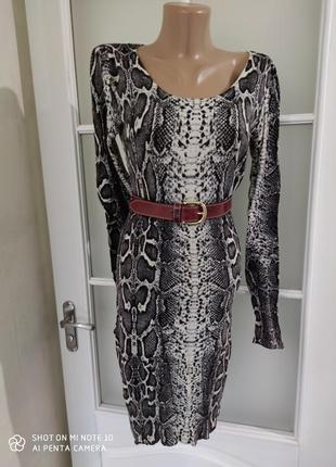 Платье трикотажное змеиный принт