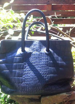 Шикарная кожаная большая сумка furla.оригинал