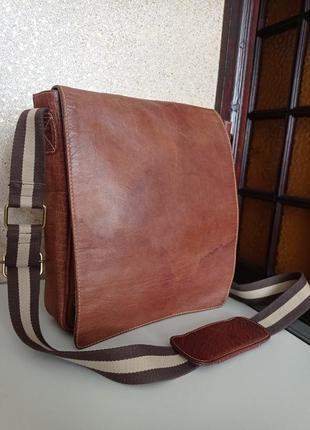 Lloyd baker кожаная мужская сумка планшетка на длинном ремне.