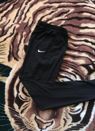 Спортивные штаны (спортивки, треники) от nike dri-fit