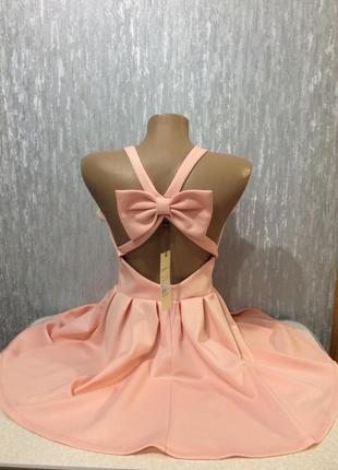 Платье с открытой спиной на выпускной