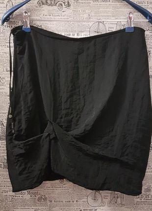 Оригинальная черная юбочка