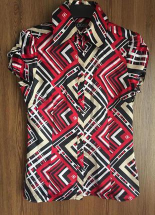 Яркая летняя рубашка с геометрическим принтом. oodji. р.44-46