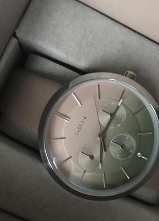 Красивые наручные часы parfois