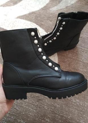 Крутезні ботинки ботильйони челси чобітки