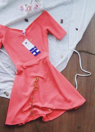 Дивовижна коралова сукня від дорогого бренду h! by henry holland