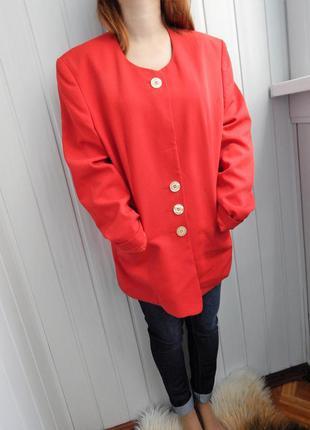 Пиджак легкое пальтишко