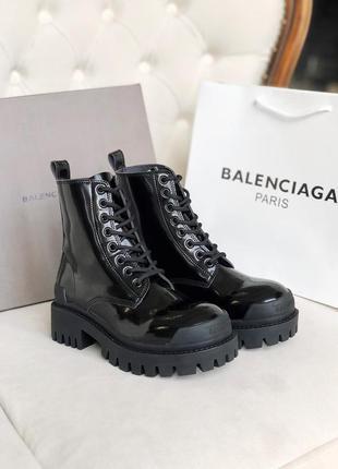 Женские кожаные демисезонные ботинки balenciaga