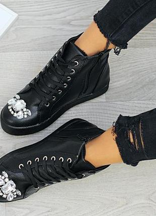 Ботинки женские черные утепленые  супер распродажа на 23 см/23,5см/24 см