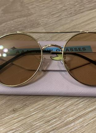 """Солнцезащитные очки """"на очi"""" + футляр для очков """"so dodo"""""""