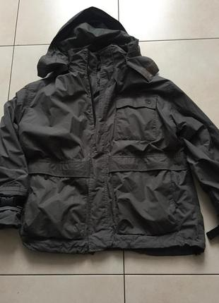 Мужская куртка ветровка с капюшоном