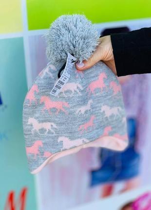 Теплая зимняя шапка h&m с единорожками для девочек