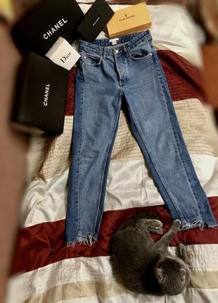 Синие джинсы мом mom со вставками h&m