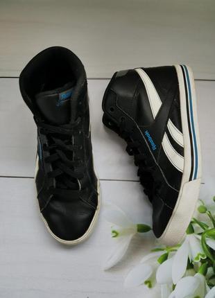 Кожаные черные высокие кроссовки  размер 37 reebok оригинал