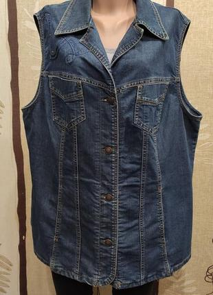 Синяя джинсовая жилетка, большой размер