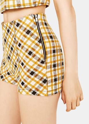 Распродажа летней одежды шорты bershka