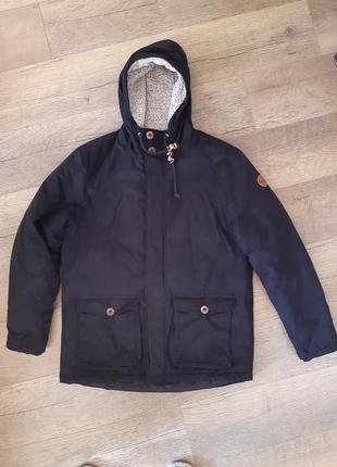 Крутая куртка парка фирменная