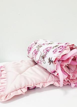 Бортики в кроватку стёганные с рюшей розовые косули