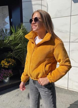 Теплая вельветовая куртка зефирка