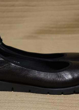 Легкие черные кожаные балетки  medicus deichmann германия 4 1/2 р.