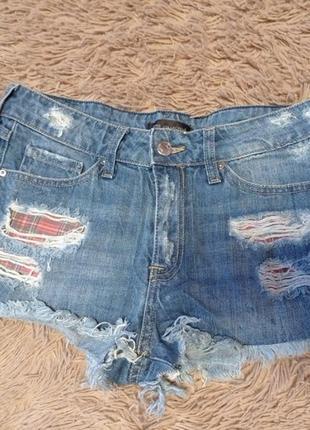 Крутые джинсовые шорты от mango