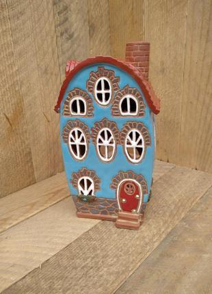 Аромалампа домик