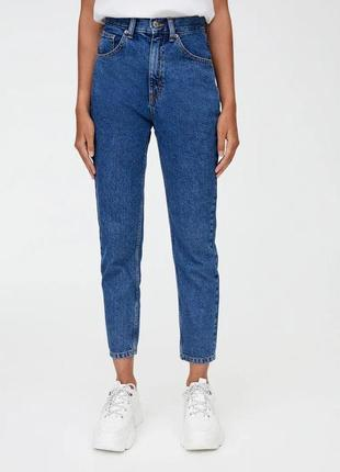 Джинсы pull and bear mom jeans (38 размер)