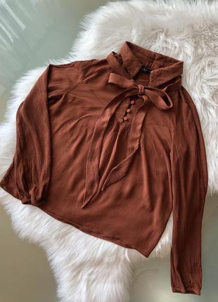 Рубашка блузка кофта  на пуговицах с бантиком