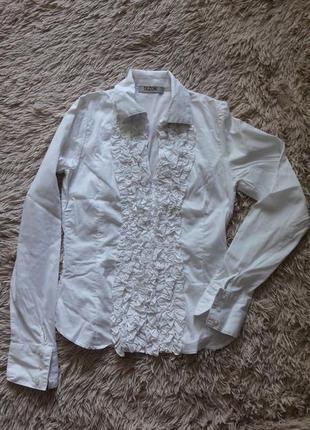 Романтическая блузка, волшебно увеличивающая грудь