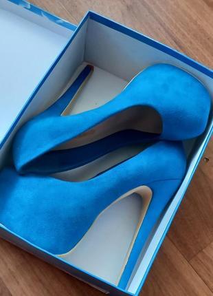 Безумно красивые туфли