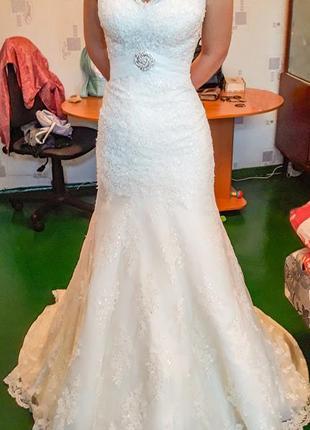Шикарное свадебное платье darling