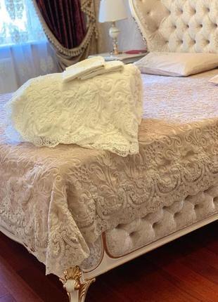 Распродажа !покрывало  плед -постельным бельем с французским кружевом 🌺