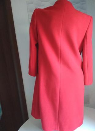 Красивое женское пальто красное8 фото