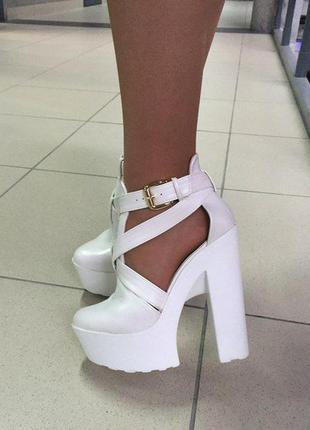 #летние туфли#босоножки#белые#занотти#лето#удобные#каблук