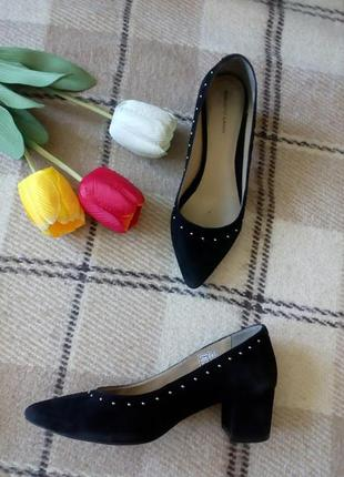 Натуральные замшевые туфли roberto santi