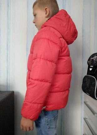 Зимова куртка. нова. kiabi